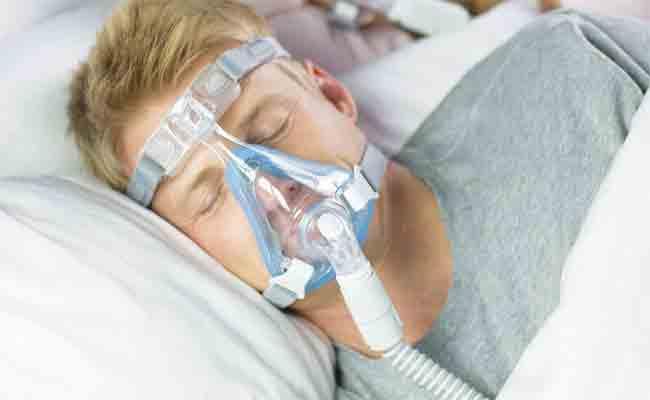 كيف يمكن علاج مشكلة وقف التنفس خلال الليل؟