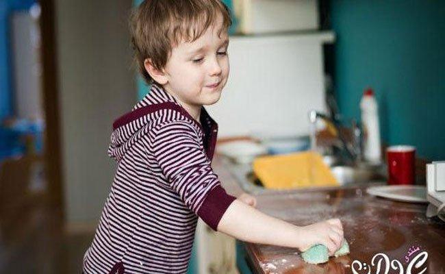 4 خطوات تساعد طفلكِ على تحمّل المسؤولية!