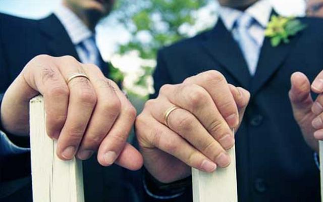 أول زواج مثلي في لبنان بين ابن وزير وابن نائب بموافقة الأسرتين