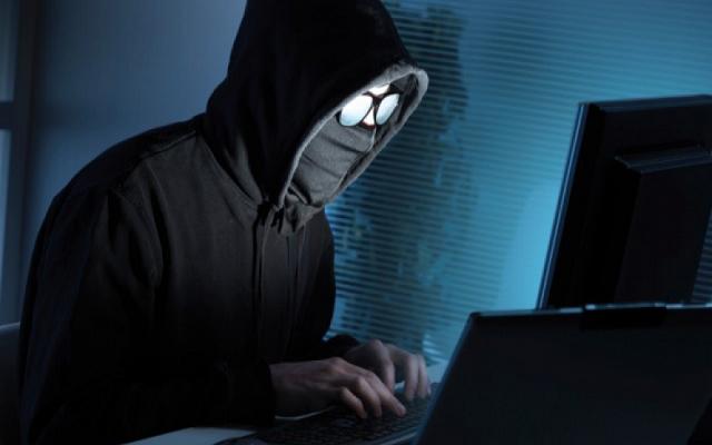 روسيا تتهم موسكو بشن هجمات إلكترونية عالمية