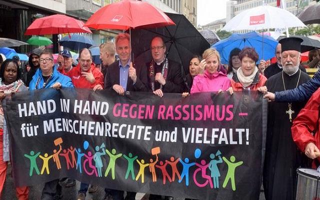 مظاهرات في ألمانيا احتجاجا على عنصرية ضد الأجانب
