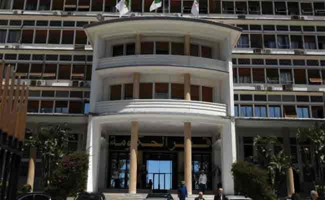 الحكومة الجزائرية تعرب عن رفضها