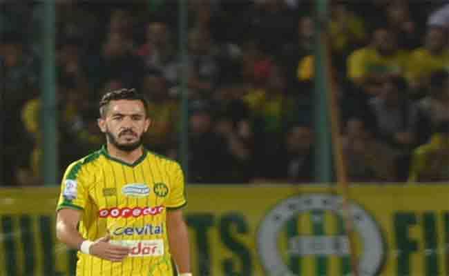 لاعب شبيبة القبائل بن يوسف متهم بجنحة الزنا مع متزوجة و أم لأربعـة أطفـال!