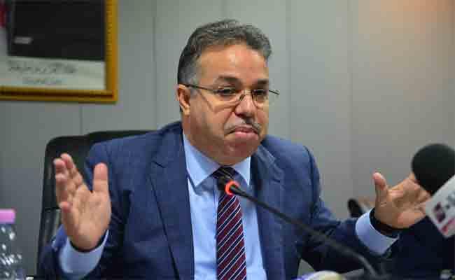 طمار يدعو إلى ضرورة  القضاء على البناءات الجاهزة بالشلف قبل نهاية 2018