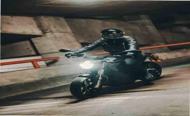 الدراجات الكهربائية الجديدة من Zero Motorcycles تعد بقوة أكبر
