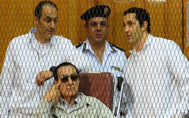 نصف مليار دولار من أموال الشعب المصري سرقها مبارك مازالت مجمدة في سويسرا