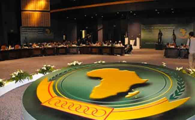 رئيس البرلمان الافريقي للمجتمع المدني يؤكد دعم الجزائر في مواجهة تحديات القارة