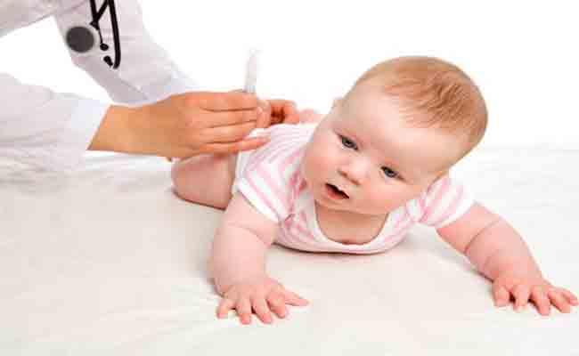 فوائد عديدة لتدليك طفلك بالزيوت العطرية لن تتخيّليها!