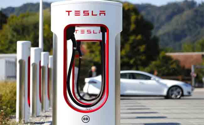 تسلا ستقوم بمضاعفة عدد محطات شحن السيارات الكهربائية خلال 2019