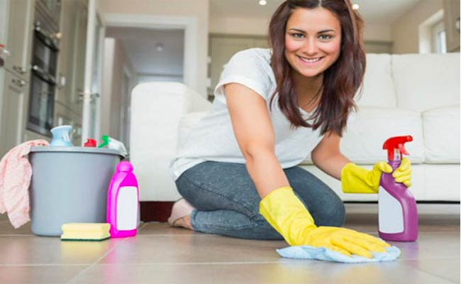 أعمال منزلية تحرق السعرات الحراراية!