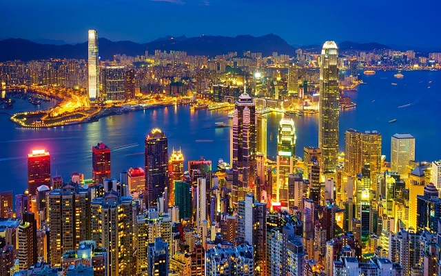 هونج كونج تنتفض ضد القمع السياسي الذي تمارسه بكين