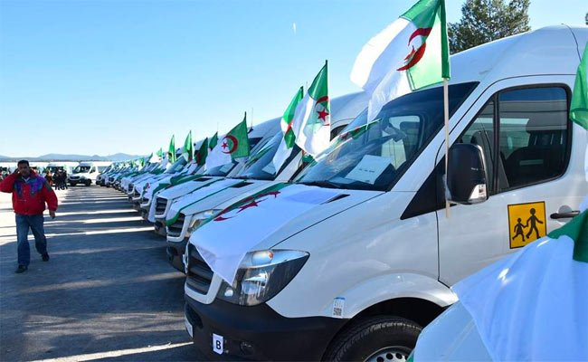 استفادة بلديات أم البواقي من 39 حافلة للنقل المدرسي