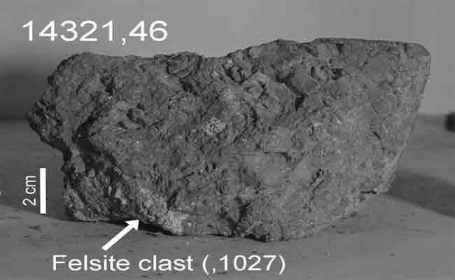 اكتشاف حجر أرضي بعمر 4 مليارات سنة على القمر