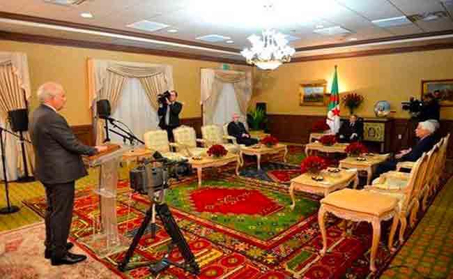 الطيب بلعيز يؤدي اليمين أمام رئيس الجمهورية بعد تعيينه رئيسا للمجلس الدستوري