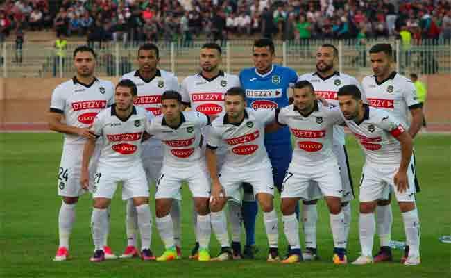 وفاق سطيف يتأهل لنصف النهائي