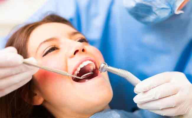 هل تعتنون بصحّة فمكم كما يجب؟ ٣ خطوات أساسية لا تهملوها ابداً!