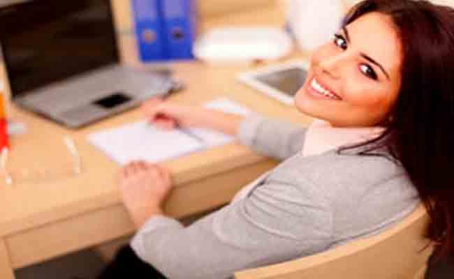 الى المرأة العاملة... إليكِ 5 خطوات لتحقيق التوازن بين عملكِ وعائلتكِ!