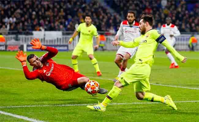 برشلونة يكتسح ليون بخماسية