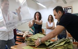 لجنة الانتخابات التركية تقرر إعادة إحصاء أصوات