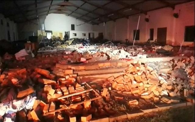 بجنوب أفريقيا وفاة 13 إثر سقوط جدار داخل كنيسة