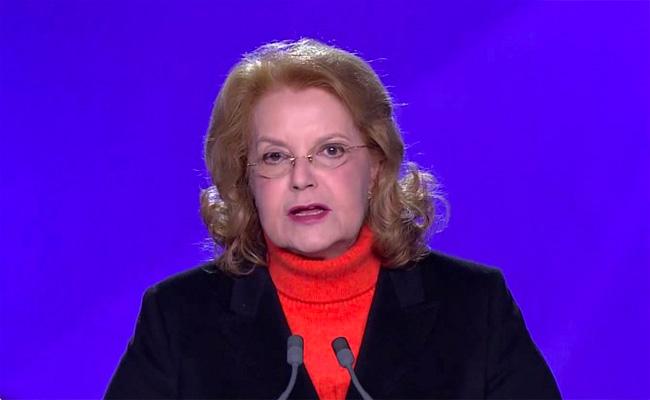 أرملة هواري بومدين : حل الأزمة هو تسليم السلطة لقايد صالح
