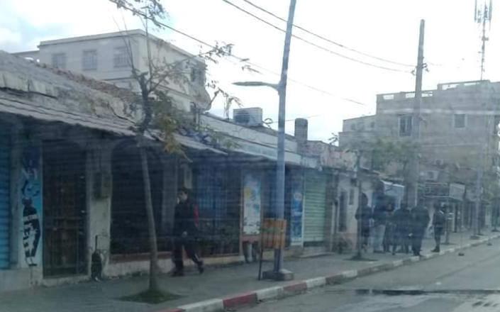 تجار تيبازة يضربون احتجاجا على مخطط المرور الجديد