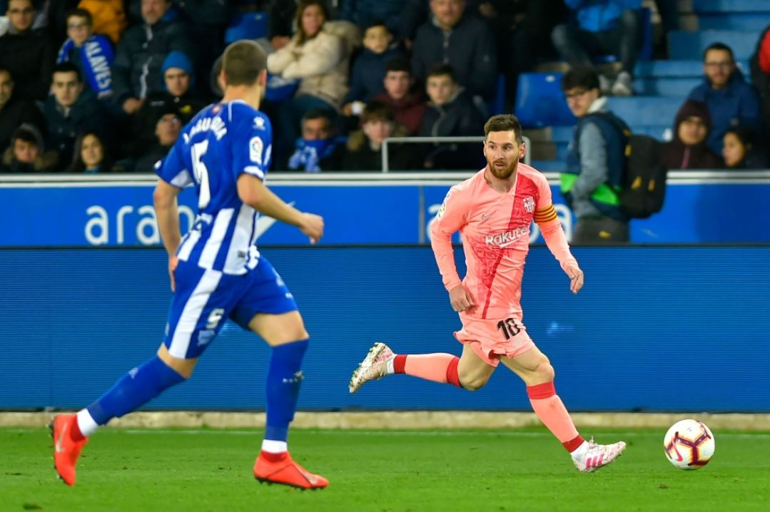 برشلونة يفوز على ألافيس