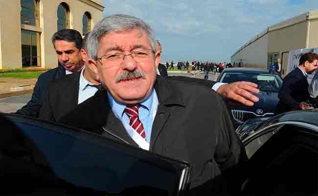 مثول أويحيى أمام قاضي التحقيق وسط تعزيزات أمنية مشددة