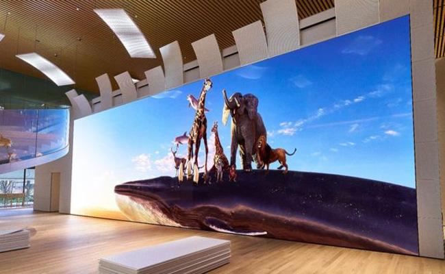 سوني تكشف عن تلفاز عملاق 16K