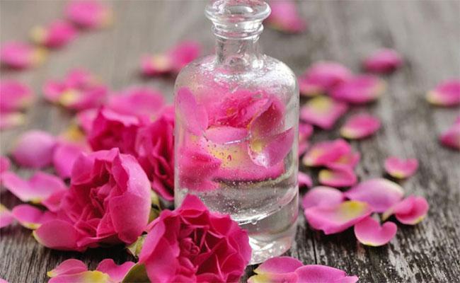 قسنطينة تحتفي بعيد تقطير الورد والزهر