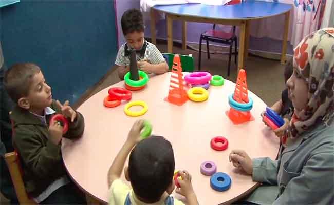 المؤسسات المتخصصة تتكفل بما يقارب 3.000 طفل توحدي
