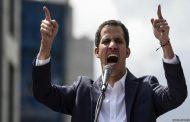 زعيم المعارضة يطلب الجيش الأمريكي بالتدخل لحل الأزمة في فنزويلا