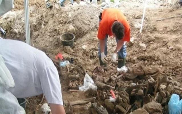 مخلفات حرب العصابات العثور على 337 جثة في مقابر سرية