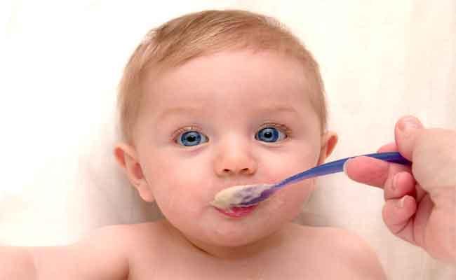 ما هي أسباب عصبية الطفل بعد الفطام؟