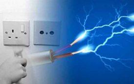 صعقة كهربائية تنهي حياة طفلة و منقذها بالوادي