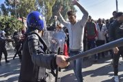 القايد صالح سنقيل بدوي وإن بقيت المظاهرات فالعصا لمن عصى