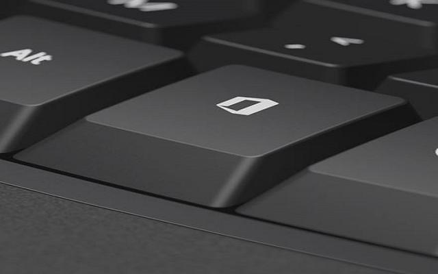 أخر ابتكارات مايكروسوفت زر خاص بأوفيس في لوحات المفاتيح...