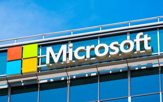 """Surface Microsoft"" سيدعم تطبيقات أندرويد..."
