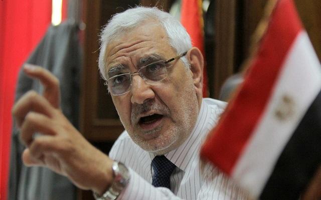 صديق ومستشار الرئيس مرسي يصارع الموت في السجن