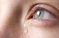 اسباب نزول الدمع من عين واحدة