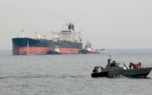 إيران تفرج عن 9 من أفراد طاقم ناقلة نفط البريطانية