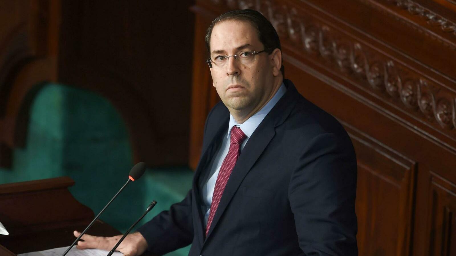 الحكومة في تونس تمنع النقاب في المؤسسات العامة