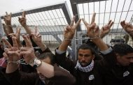 إضراب مفتوح عن الطعام لسبعة أسرى في سجون الاحتلال