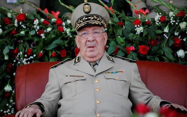 القايد صالح أنا ملك الجزائر ومن لايزال يخرج في المظاهرات فهو من العصابة!!!