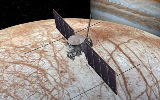 ناسا تقترب أكثر من القمر المرشح لوجود حياة...