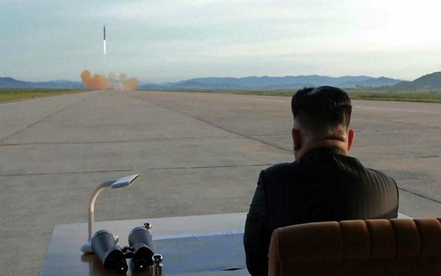 كوريا الشمالية اختبرت سلاحا جديدا كاحتجاج على مناورات أمريكا