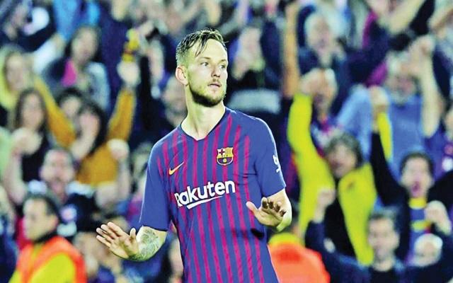 برشلونة يعطي الضوء الأخضر لراكيتيتش لرحيل...
