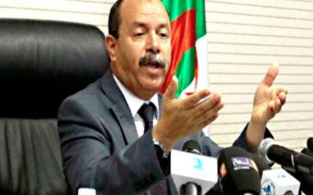 وزير العدل يؤكد على ضرورة محاربة التهريب