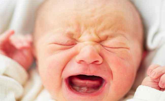 متى ينتهي المغص عند الرضيع...؟