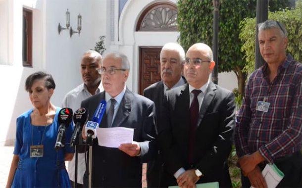 عزم هيئة الحوار إعداد ميثاق شرفي يلزم مترشح الرئاسيات بتنفيذ مخرجات الندوة الوطنية